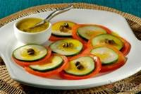 Carpaccio de tomate e pepino