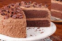 Bolo de chocolate de camadas