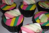 Cupcake de fubá com goiabada