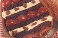 Ovo de páscoa brownie com cereja