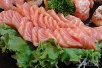 Sashimi de salmão fresco