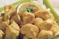 Isca de frango com molho de curry