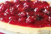 Iogurtecake com compota de cereja