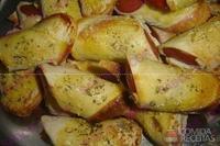 Rolinho de salsicha com pão de forma