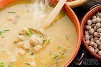 Sopa de feijão, grão de bico e lentilha