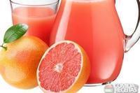 Suco de laranja, mamão e acerola