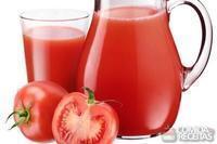 Suco de tomate natural