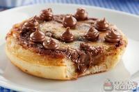 Panqueca com gotas de chocolate