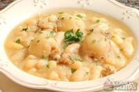 Ensopado de frango e feijão branco