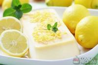 Flan de limão com chocolate branco