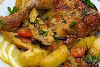 Frango com creme de cebola e batatas