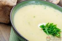 Sopa creme de batata doce