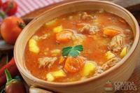 Sopa deliciosa de frango