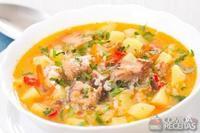 Sopa de frango com batata