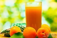 Suco de pêssego com laranja