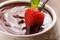 Fondue de chocolate para crianças