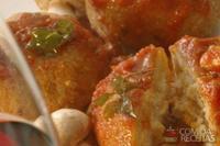 Polpetone de arroz recheado com bacalhau
