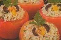 Tomate recheado com arroz especial