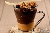 Café com sorvete e pé de moleque