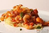 Espaguetini e camarão