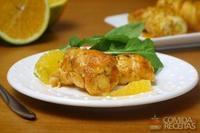 Rolê de frango com suco de laranja