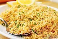 Cuscuz marroquino com caldo de legumes