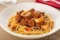 Espaguete com contrafilé