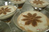 Bebida fria de chocolate com café, geleia de laranja e especiarias