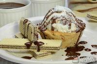 Cestinha de biscoito com sorvete