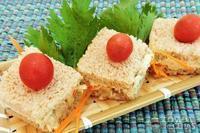 Mini sanduiche de atum