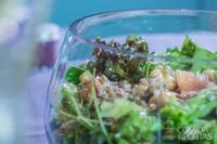 Salada de grão de bico com mix de folhas