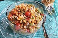 Salada de macarrão com lentilha especial