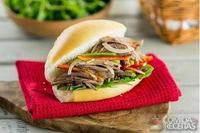 Sanduíche de carne louca especial