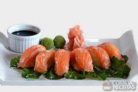 Sashimi de salmón de chile