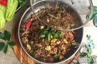 Couscous de quinoa com frutas secas e nozes