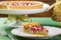 Torta frangipane de pistache com framboesa