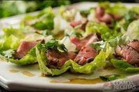 Salada de rosbife ao molho tailandês