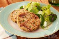Hambúrguer de quinoa com sardinha