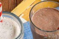 Milk-shake de chocolate e amendoim
