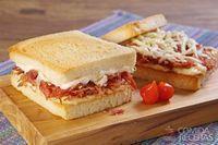 Sanduíche de carne-seca com queijo coalho