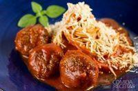 Espaguete com almôndegas especial
