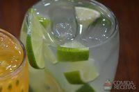 Caipiroska de limão