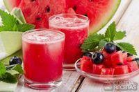 Suco de açaí e melancia