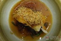 Bacalhau com salada de wakame ao molho ponzu