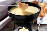 Fondue de queijo sofisticado
