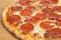 Pizza à jato de calabresa