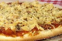 Pizza de provolone com alho