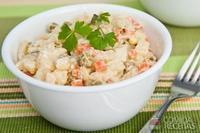 Salada colorida com maionese