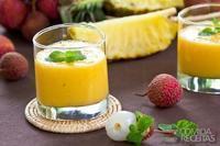 Vitamina de abacaxi e banana