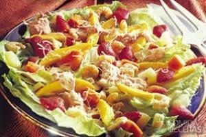 Salada tropical de frutas